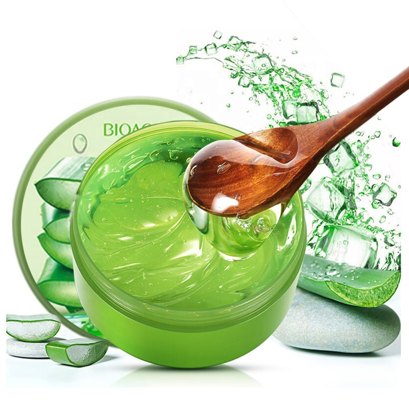 BIOAQUA Aloë Vera 92% verzorgende lichaam, gezicht en handgel voor een droge huid